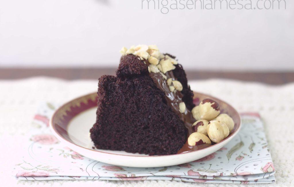 BUNDT CAKE DE CHOCOLATE Y CAFÉ [Y un poco de hambre]