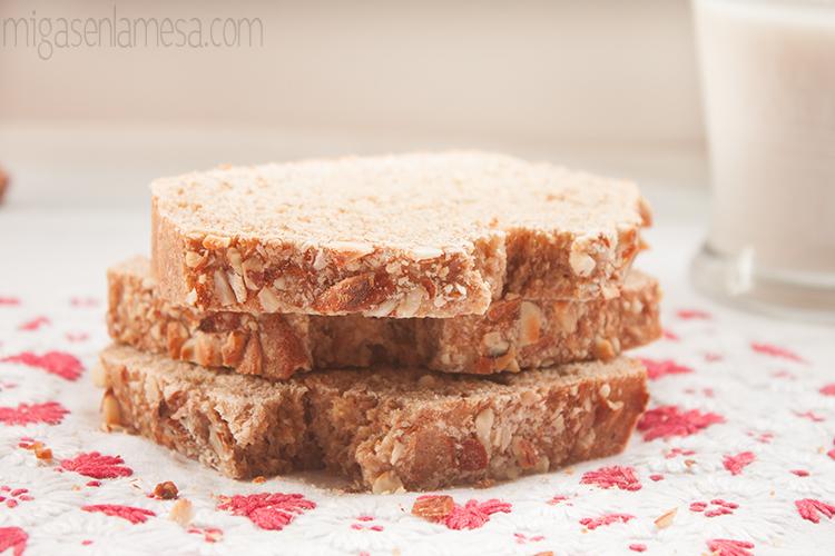 Pan sandwich leche almendra 4