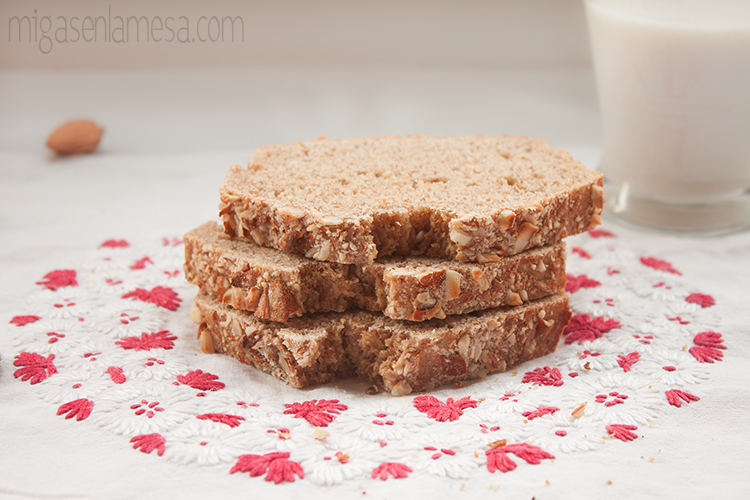 Pan sandwich leche almendra 5
