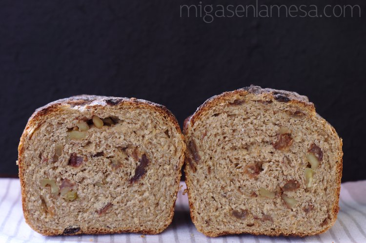 PAN INTEGRAL DE CANELA Y PASAS [WORLD BREAD DAY]